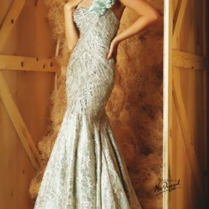 Mac duggal mint green couture dress size 4
